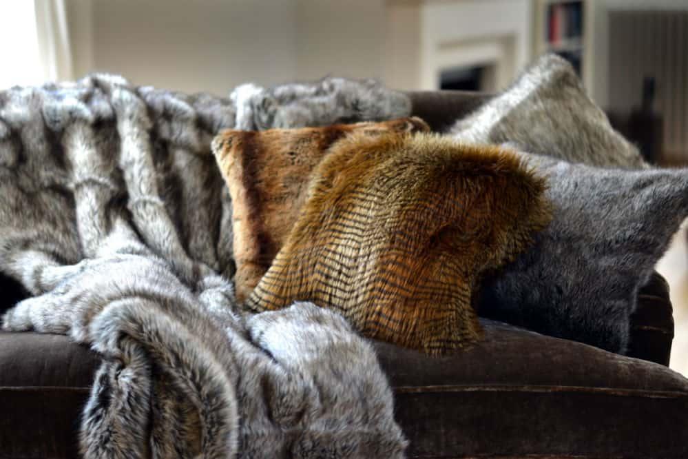 Best Faux Fur Blankets