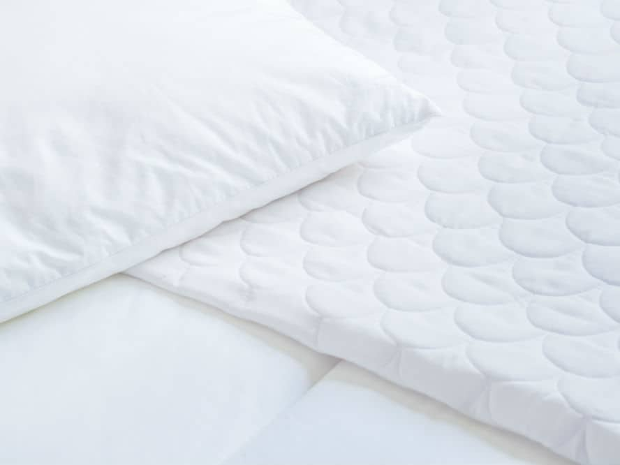 How to Select the Best Mattress Topper for Back Pain: Tips in Buying
